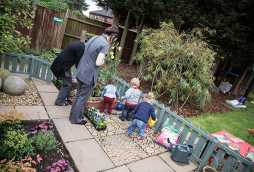 childcare service serving woodthorpe, children playing in garden