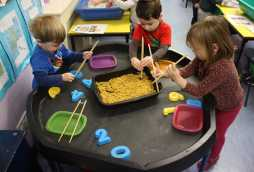 child care learning at poplars day nurseries